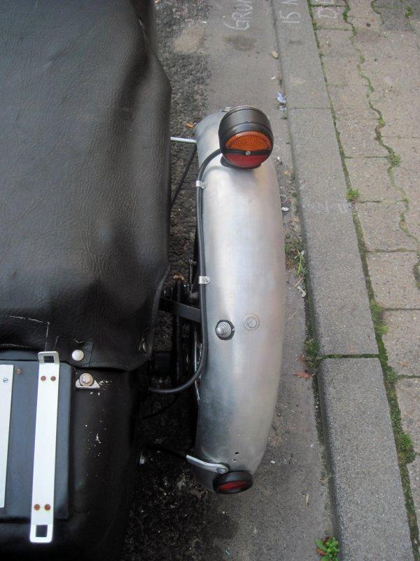 Dreiradler • Thema anzeigen - Kabelverlegung im Seitenwagen-Fender